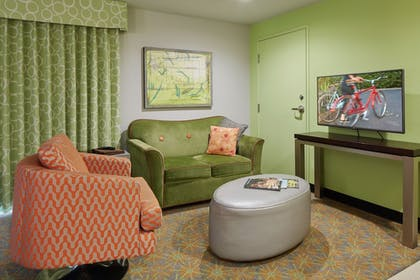 Living Area   Inn at Northrup Station