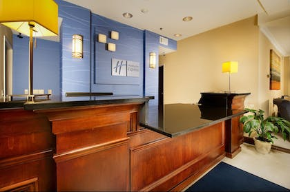 Reception | Holiday Inn Express Hotel & Suites Chambersburg