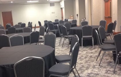 Meeting Facility | Holiday Inn Express and Suites Pigeon Forge Sevierville