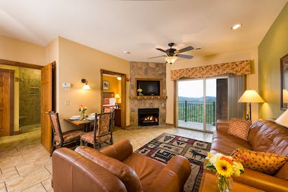 Living Room | Westgate Smoky Mountain Resort & Spa