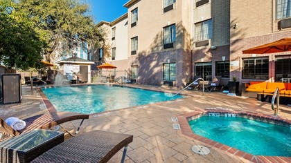 Pool | Best Western Plus Hill Country Suites