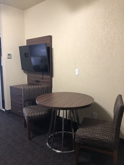In-Room Dining | Best Western Plus Hill Country Suites