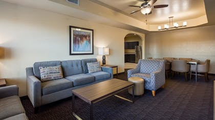 | Standard Apartment, 2 Bedrooms, Non Smoking | Best Western Plus Hill Country Suites