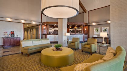 Lobby | Best Western Irving Inn & Suites at DFW Airport