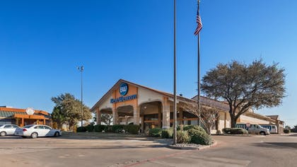 Featured Image | Best Western Irving Inn & Suites at DFW Airport