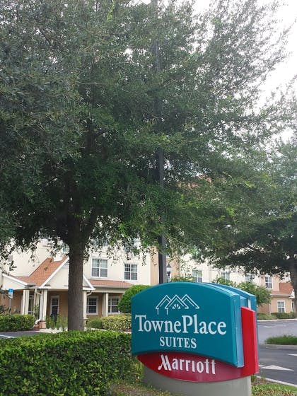 Hotel Front | TownePlace Suites by Marriott Orlando East/UCF Area