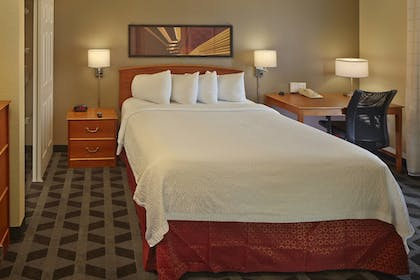Guestroom | TownePlace Suites by Marriott Orlando East/UCF Area