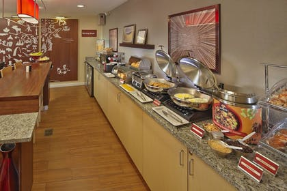 Restaurant | TownePlace Suites by Marriott Orlando East/UCF Area