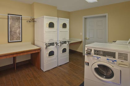 Laundry Room | TownePlace Suites by Marriott Orlando East/UCF Area