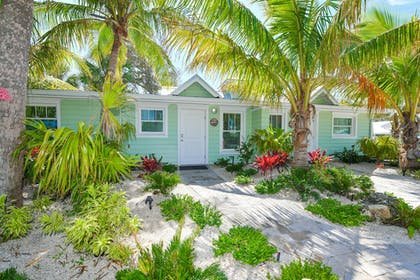 Property Grounds | Tropical Breeze Resort by SKLRP