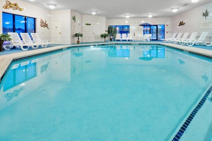 Pool | Holiday Inn Express Hotel & Suites Easton