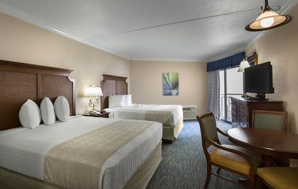 Guestroom | Holiday Inn At the Pavilion