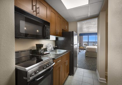 In-Room Kitchen | Holiday Inn At the Pavilion