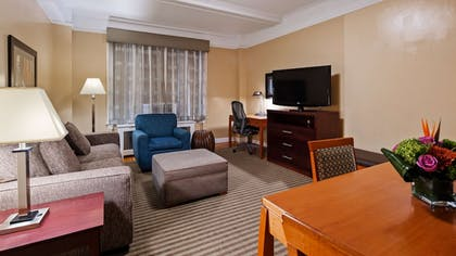 Room | Best Western Plus Hospitality House Apartments