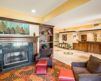 Featured Image   Comfort Inn & Suites at I-85
