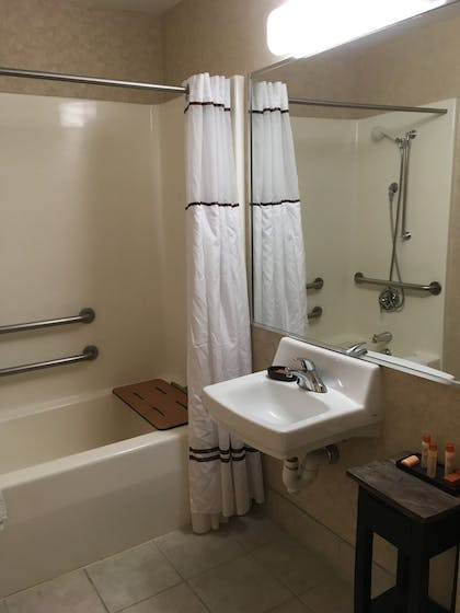 Bathroom | Boothill Inn And Suites