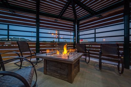 Terrace/Patio | Boothill Inn And Suites