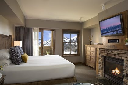 Guestroom   Teton Mountain Lodge and Spa - A Noble House Resort