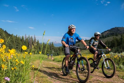 Bicycling   Teton Mountain Lodge and Spa - A Noble House Resort