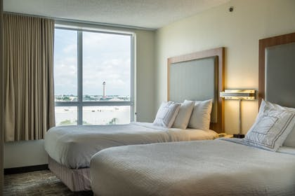 Guestroom | SpringHill Suites by Marriott Miami Airport South