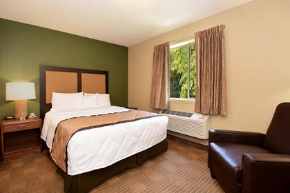 Guestroom | Extended Stay America - Rockford - State Street