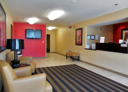 Lobby | Extended Stay America - Omaha - West