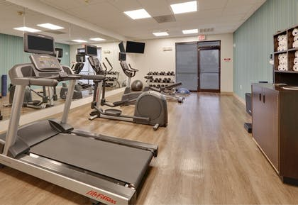 Fitness Facility | Holiday Inn Express & Suites Irving Conv Ctr - Las Colinas