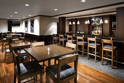 Restaurant | Four Points by Sheraton Richmond Airport