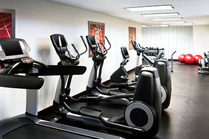Sports Facility | Four Points by Sheraton Richmond Airport