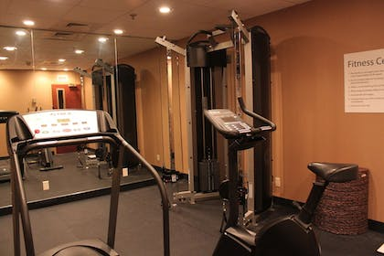 Fitness Facility | Holiday Inn Express Lewisburg/New Columbia