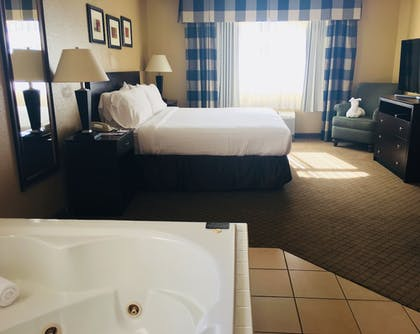 Featured Image   Holiday Inn Express Fallon