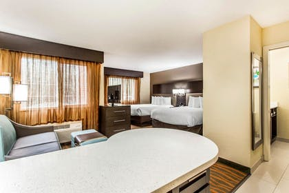 Guestroom | MainStay Suites Greenville Airport