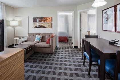 Living Room | Towneplace Suites By Marriott Minneapolis Eden Prairie