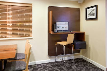 Business Center | Towneplace Suites By Marriott Minneapolis Eden Prairie