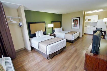 Guestroom | Extended Stay America - Richmond - W Broad St-Glenside-South