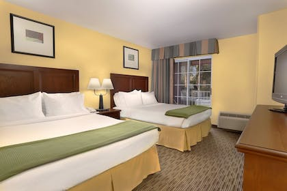 Guestroom | Holiday Inn Express Hotel & Suites Scottsdale - Old Town