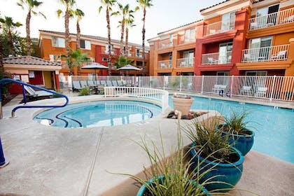 Outdoor Spa Tub | Holiday Inn Express Hotel & Suites Scottsdale - Old Town