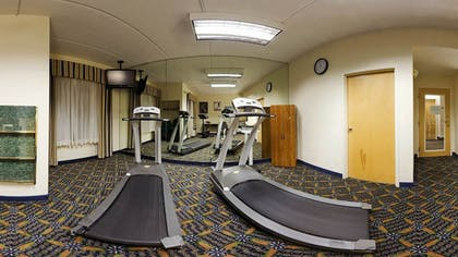 Gym | Holiday Inn Express Hotel & Suites