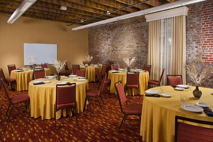 Meeting Facility | Courtyard by Marriott New Orleans Downtown/Convention Center