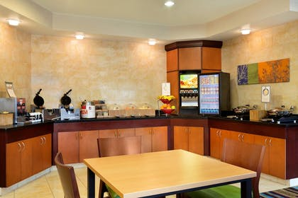 Breakfast Area | Fairfield Inn & Suites by Marriott Dallas Mesquite