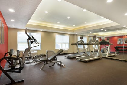 Sports Facility | TownePlace Suites Chicago Naperville