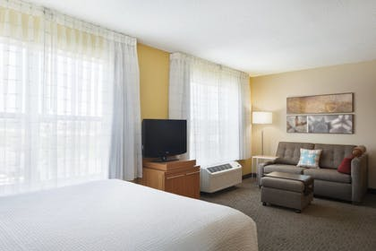| Studio, 1 Queen Bed with Sofa bed | TownePlace Suites Chicago Naperville