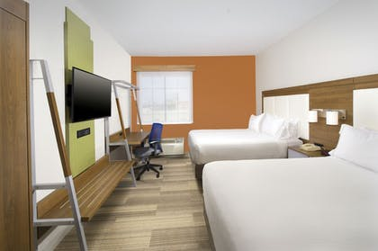 Guestroom | Holiday Inn Express & Suites San Antonio-Dtwn Market Area