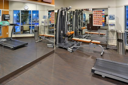 Fitness Facility |  | Comfort Suites Airport