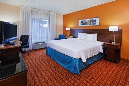 Guestroom | Fairfield Inn and Suites by Marriott Austin Northwest/Domain