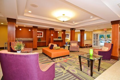 Lobby | Fairfield Inn Suites by Marriott Cherokee