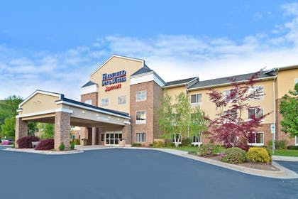 Exterior | Fairfield Inn Suites by Marriott Cherokee