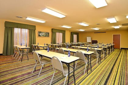 Meeting Facility | Fairfield Inn Suites by Marriott Cherokee
