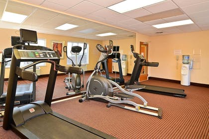 Sports Facility | Fairfield Inn Suites by Marriott Cherokee
