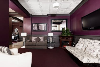 Lobby | LaSalle Boutique Hotel and The Downtown Elixir and Spirits
